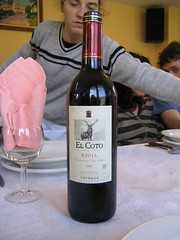 Un Rioja, como suele ser por aquí