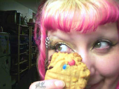Leslie with MORE COOKIES
