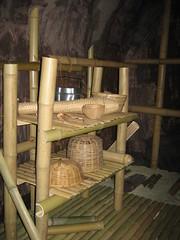 グアム島洞穴復元模型内部