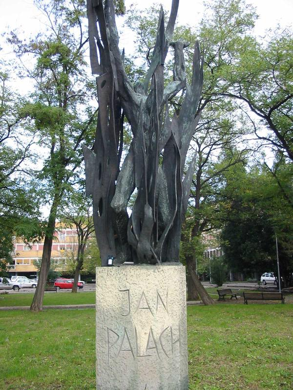 Jan_Palach's_Monument_in_Rome