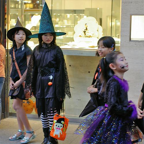 Motomachi Halloween 2006-08