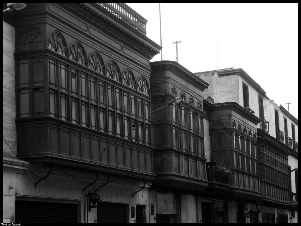 Balcones de lima peruanos tu voz tu - Balcones cerrados ...