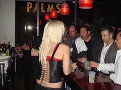 Pubcon Bartender at Yahoo Party