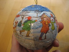 Christmas puzzle ball (1)