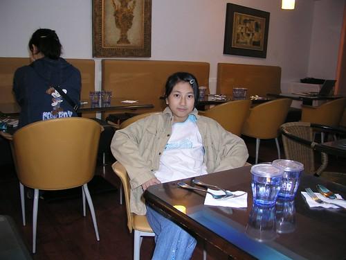 20061125_「靴子」義大利餐館_餐桌布置