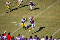 Stepp catches a pass