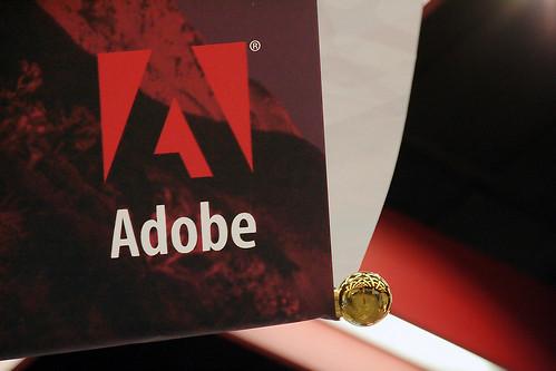 Adobe 布幕