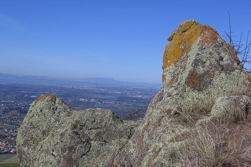 Rocks along the Horse Heaven Trail