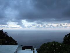 La Montagne - 20060205 - 05 - Vue de la mer en contrebas