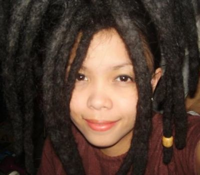 Do you think dreads (dreadlocks) are attractive?  In guys or girls?