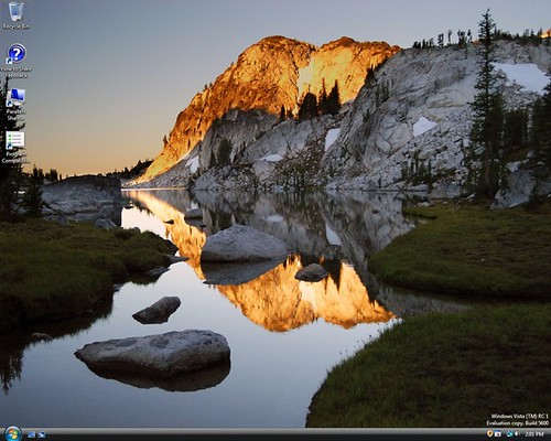 Clean, full-screen desktop on MacBook Pro