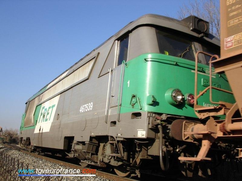 La BB 67539, dernière locomotive en livrée FRET avec les persiennes en aluminium