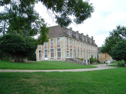 Abbaye de Mortemer BY 003
