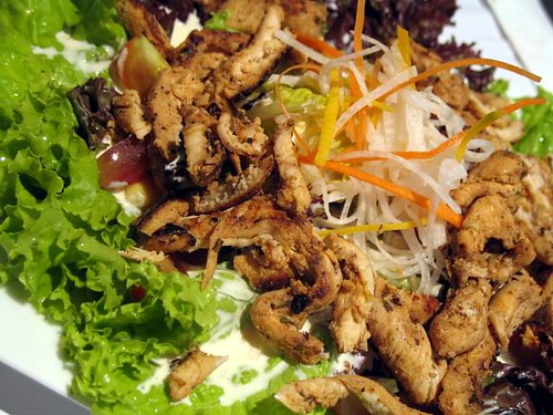 Mesclun Salad with Cajun Chicken