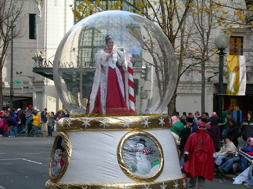 Seattle Snow Queen in a Snow Globe
