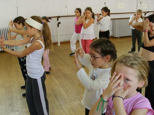 Dance Agora tris-5