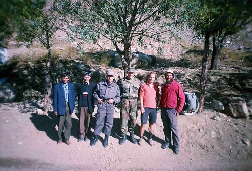 Garmchasma military checkpoint, Tajikistan / ガームチャズマ村の軍隊チェックポイント