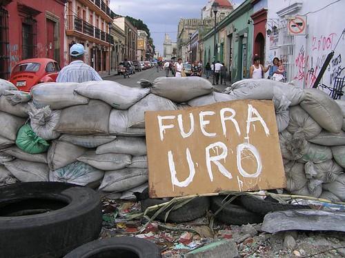 fuera URO- toma de oaxaca