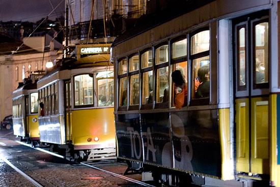 Three Trams / Too Passengers (horizontal)