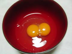 ふたごのたまご(二黄卵)