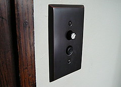 New push-button switch