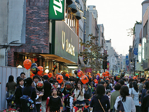 Motomachi Halloween 2006-04