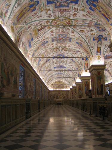 梵蒂崗博物館天花板雕飾