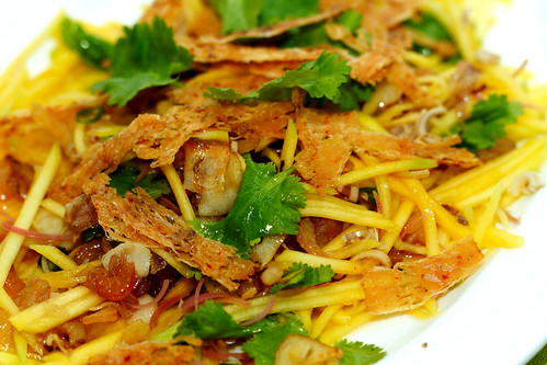 Spicy thai mango salad-close up
