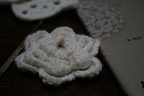 モチーフ編みの花