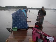 雨の中での撤収