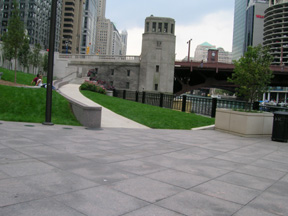 Chicago - a veteran's  park on the river