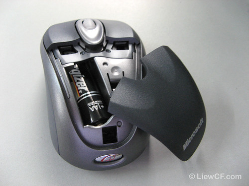 Microsoft Notebook Optical Mouse 3000 (inside)