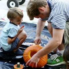 helping daddy carve