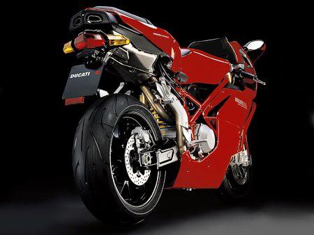 V Ducati Superbike