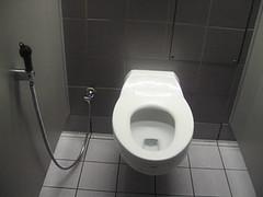 ドバイ空港トイレ