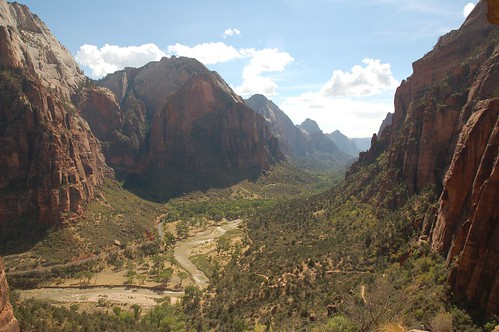 Zions Canyon