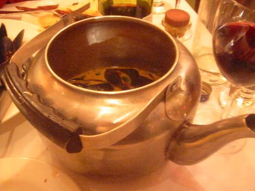 Teapot mussels @ Arugula