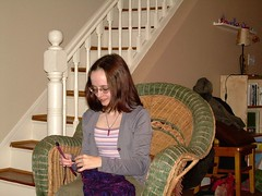 Jen doing a little knittin