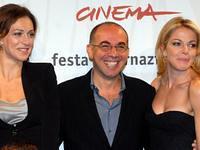 Giuseppe Tornatore con Claudia Gerini e Ksenia Rappoport