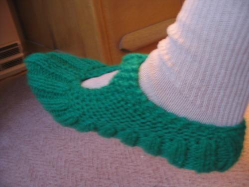 Knitting Pattern For Pocketbook Slippers : hakucho: 2006 Knitting