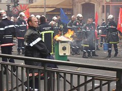 French firemen on strike
