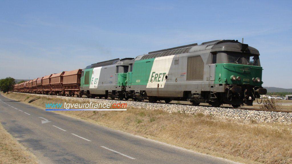 La BB 67531 en livrée FRET en UM avec la BB 67532 de Nevers