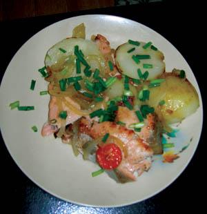 кр рыба на тарелке