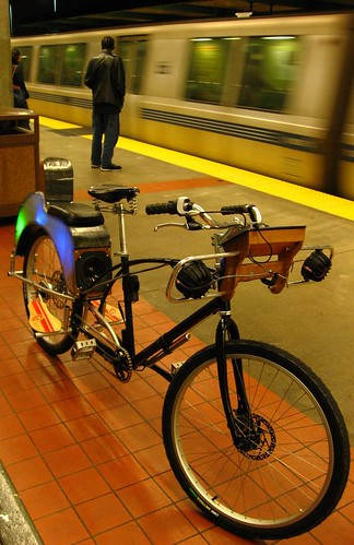 Soul Cycle Slim -- immersive mobile audio for bicycles.