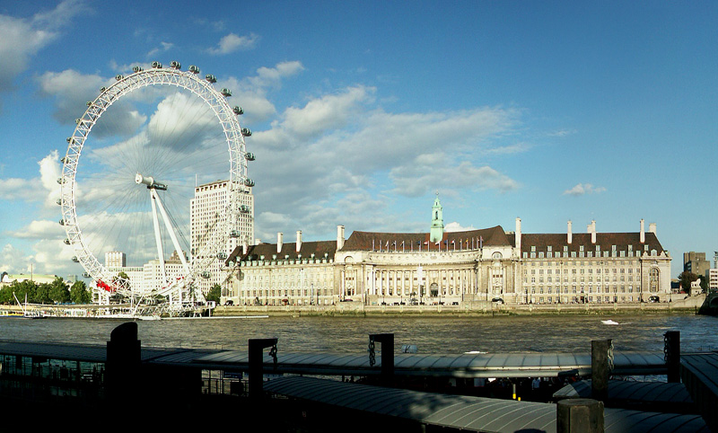 View of the London Eye and London Aquarium from Westminster Pier