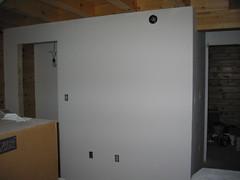 Primed walls 01