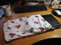 Making laptop sleeve - three