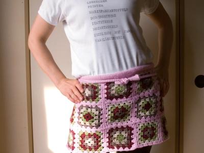 apron tied, posing