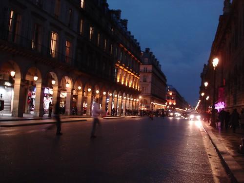 The hotels paris rive gauche chain loves the mus e des for Hotel chaine paris