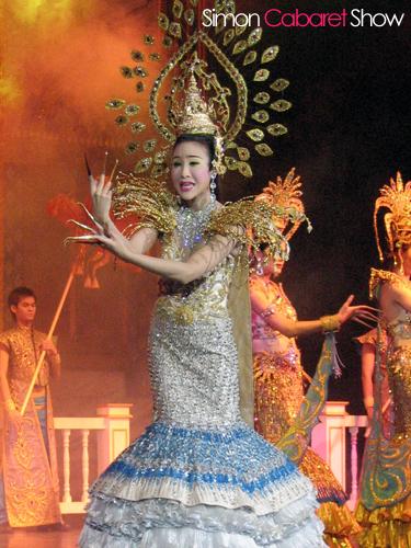 phuketcabaretshow_1